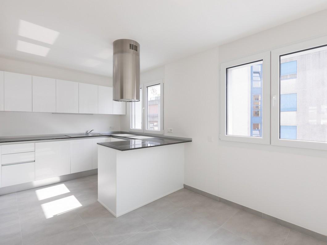 Empty-modern-apartment-empty-209313043
